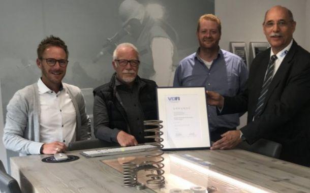 Hagener Oberflächenspezialist vom VDFI ausgezeichnet