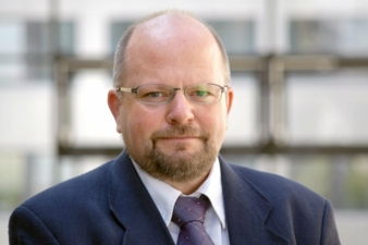 Dr-Andreas-Weisheit.jpg