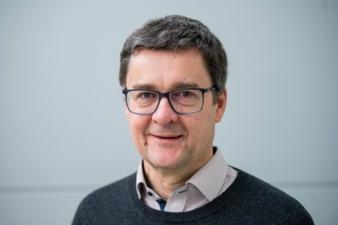 Andreas-Schuetze-Prof.jpg