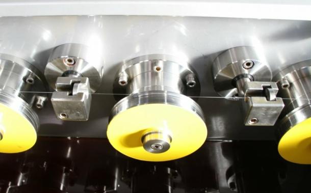 Schlupfreduzierte Einzelscheiben-Ziehmaschine