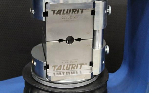 400-t-Presse für Drahtseilendverbindungen